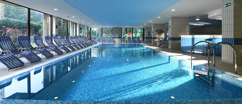 slovenia_kranjska-gora_best-western-hotel_indoor-pool.jpg